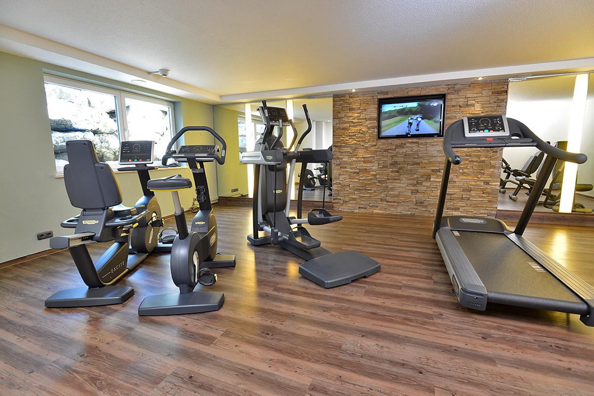 Fitnessraum hotel  Hotel Oberstdorf Allgäu - Auenhof Studios und Suiten